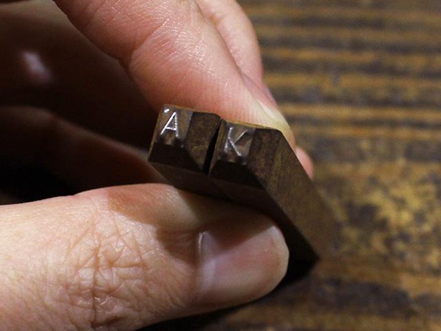 名入れのアルファベット(ローマ字)はできますか?