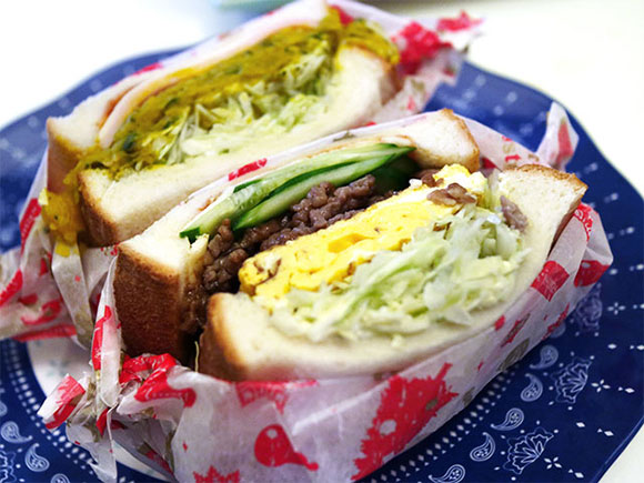 包丁で美味しいサンドウィッチに切ろう